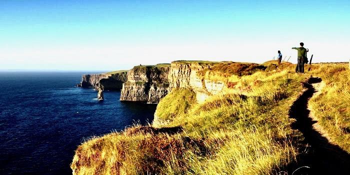 https://www.educfrance.org/wp-content/uploads/2020/02/tzoo.1.0.567847.C-vacations-ireland-shutterstock-cliffs.jpg
